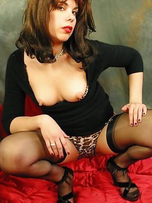 Upskirt leopard panty tease