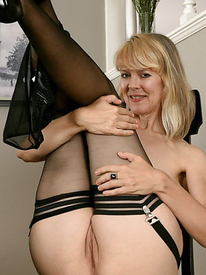 Jamie Foster Sexy Stockings