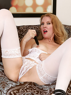 Lacy F Hot In White Stockings